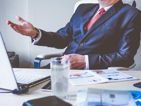 Кто руководит управляющими компаниями ЖКХ