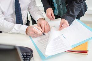 Кто обязан ставить многоквартирный дом на кадастровый учет