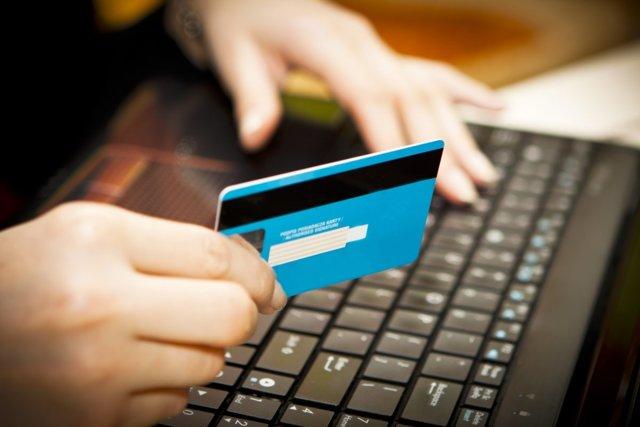 Как оплачивают платежки по ЖКХ