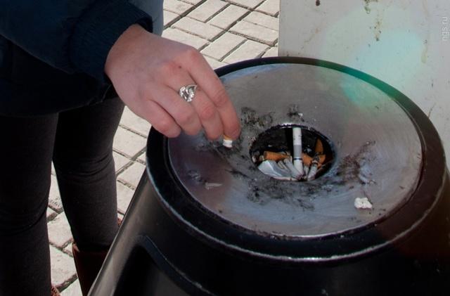 Где по закону можно курить в жилом многоквартирном доме