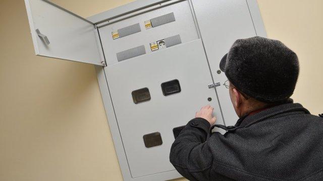 Замена электросчетчика за чей счет производится в доме принадлежащего ЖКХ