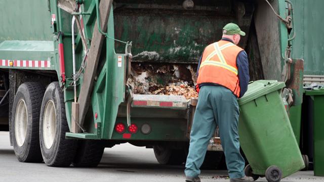 Как расторгнуть договор с ЖКХ на вывоз мусора