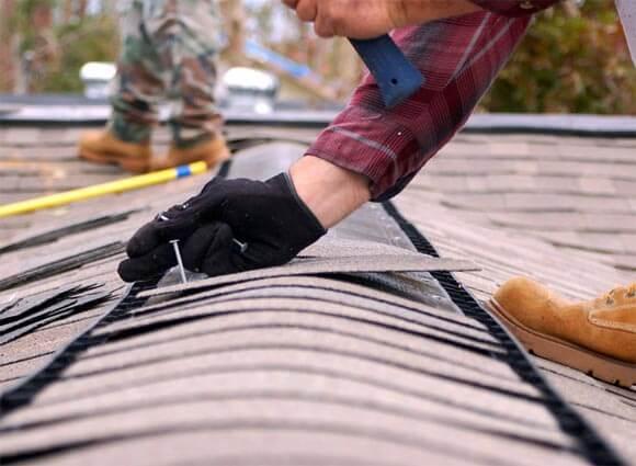 Если протекла крыша в многоквартирном доме куда обращаться