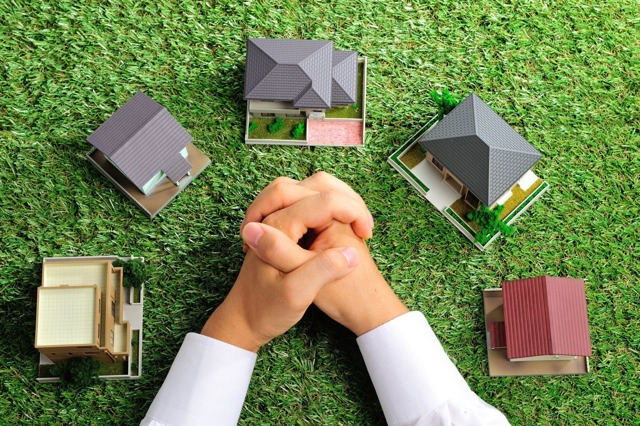 Земля под многоквартирным домом в собственность плюсы и минусы