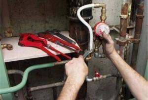 Имеет ли право ЖКХ заставить менять счетчик на воду
