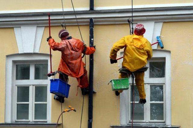 Как можно отказаться от капитального ремонта дома по закону