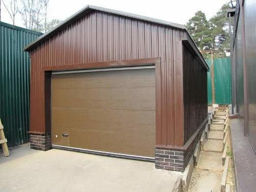 Как построить гараж рядом с многоквартирным домом